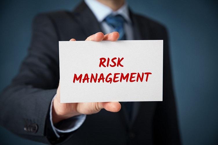 ریسک و عدم قطعیت